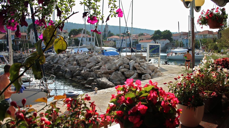 13-boYava-mediterannean-village