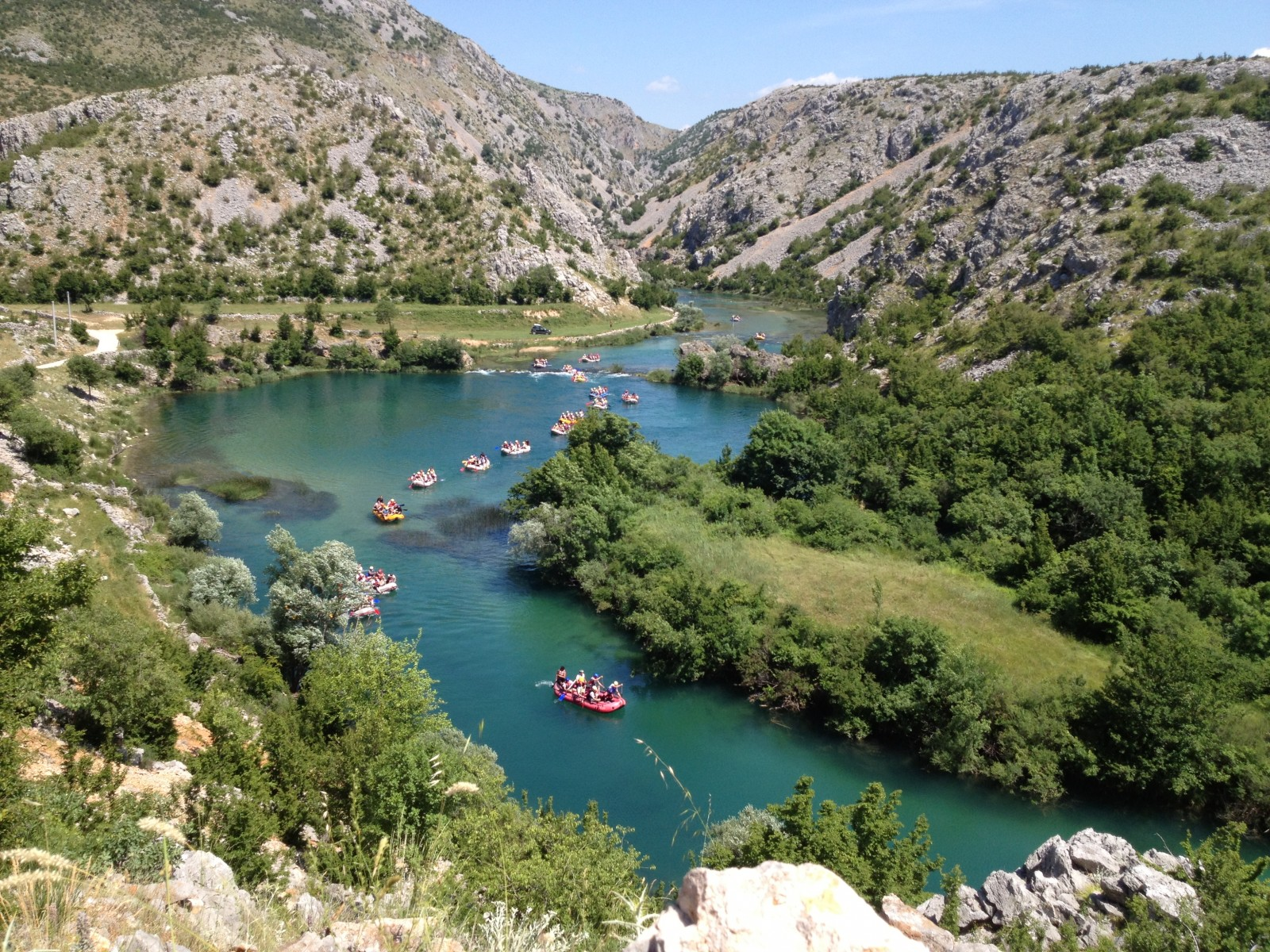 Rafting/kayaking on Zrmanja – the green beauty cut into mountain